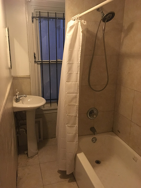 Drexel University 3209 Pearl Bathroom