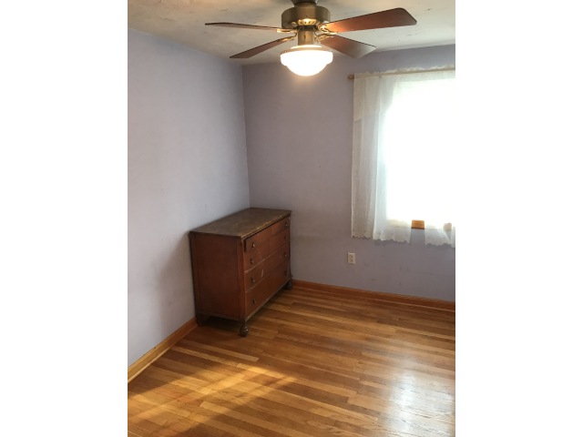 10769 Jeanes Bedroom 2