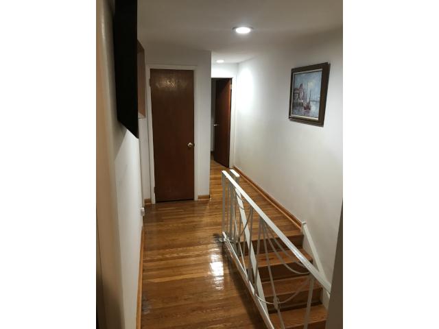 10769 Jeanes Hallway