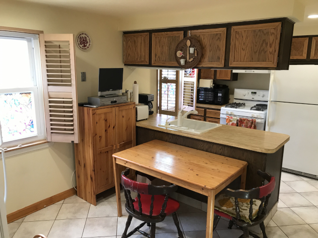 10769 Jeanes Kitchen 2