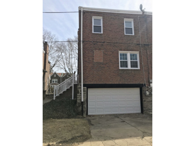1419 E Duval Mount Airy Garage 1